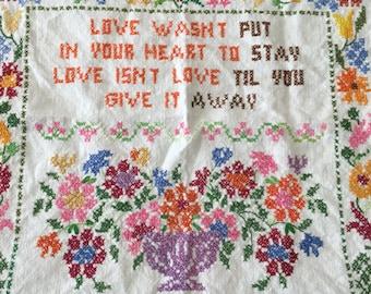 Cross stitch Give Love Away