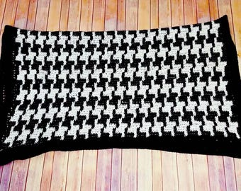 Made to Order Houndstooth Blanket, Crochet Houndstooth Blanket, Alabama Blanket