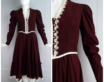 Vintage Womens 1970s / 1980s Gunne Sax Maroon Corduroy Dress with Ivory Ribbon & Lace Trim | Size XS