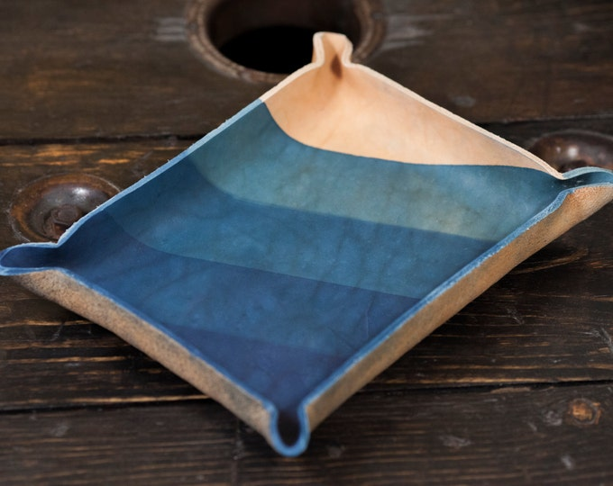 Indigo Dip Dyed Leather Catchall Tray with 5 Dip Diagonal Dye Pattern