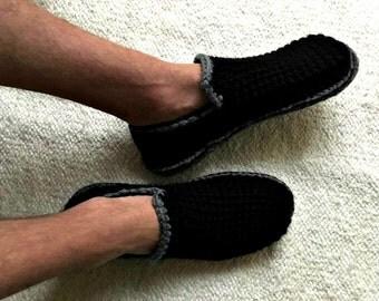 Black Men's Slippers with Felt Soles, Crochet Slippers, Felted Slipper Soles, House Shoes, Men Slippers, Mens Shoes, Gift for Men, Mens Gift