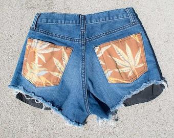Stoner girl Short Shorts
