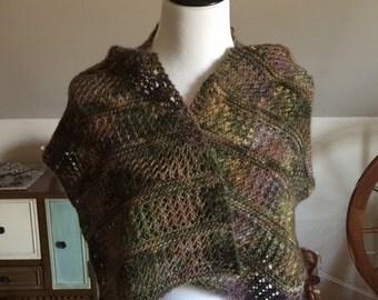 Hand-knit Wool Mini Wrap