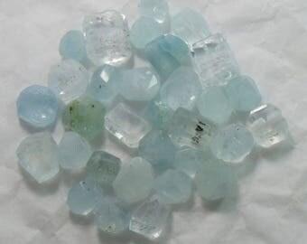 31 Pieces Aquamarine Beads Un Drilled