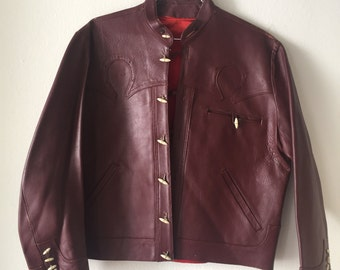 Red men's classic jacket, made from real leather, soft leather, with original buttons, bright jacket for real men, vintage, size-medium.