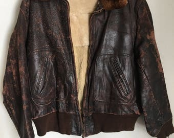Shabby Pilot Short Vintage Brown Genuine Leather Jacket With Fur Collar Men's Size Medium.