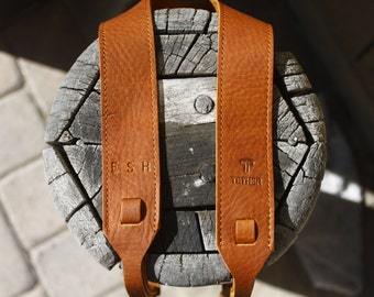 Personalized - Tan Leather Camera Strap for DSL/SLR camera, DSLR Camera Strap. Camera accessories. Canon camera strap. Nikon camera strap.