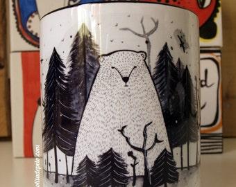 "Mug ""Bear mountain"" with handle and black interior"