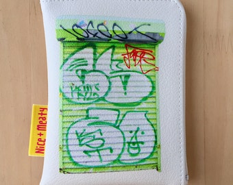 NY mini pouch_Graffiti