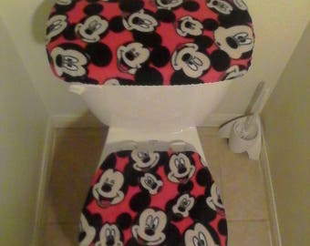 DISNEY MICKEY MOUSE Heads Red Fleece Fabric Toilet Seat Cover Set Bathroom  Accessories 2PC
