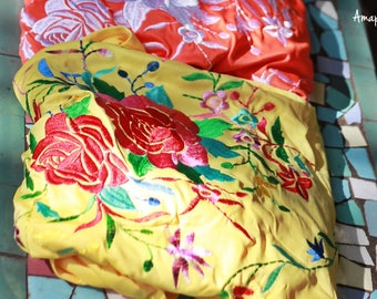 Triangle embroidery piano shawl, Manila flowers in silk jersey fabric - Flamenco Spanish Style