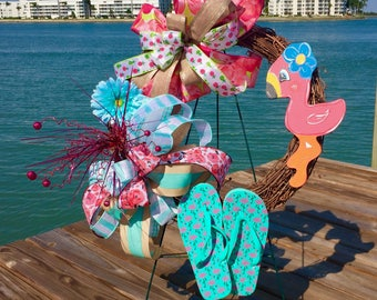Flamingo wreath, Pink Flamingo wreath, Flip flop wreath, Beach wreath, Summer wreath, Summer wreath for front door, Flamingo decor