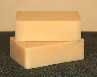 4 .oz Shea butter, Goats Milk and Honey Soap Bar