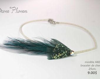 Ankle bracelet in feathers