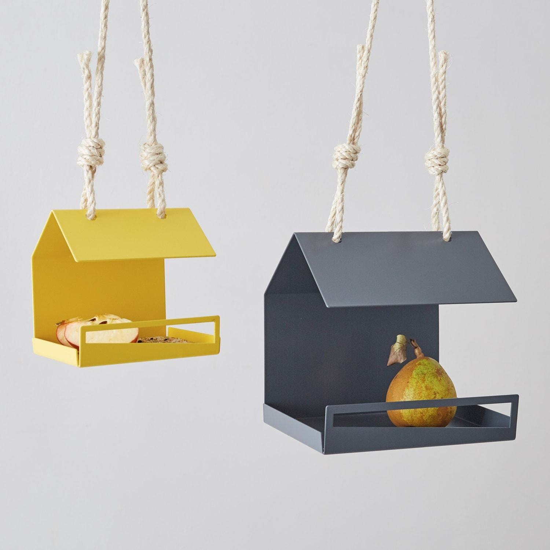 Modern bird feeder bauhaus inspired bird by juliajacobdesigns for Replica bauhaus