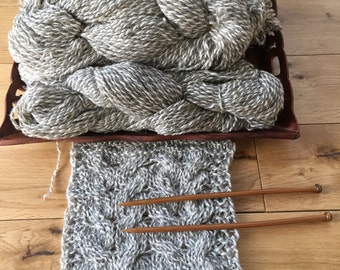 """425g100%eco sheep wool yarn.4skeins,melange of natural""""white""""and grey , untreated with any chemicals. DIY. Felting.Kniting.Tweed.Home decor"""