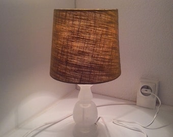 DISCOUNT Lampe vintage pied en verre blanc creux et abat-jour vert Bengali