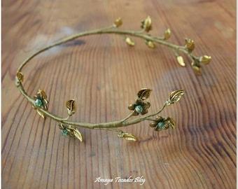 Gold Crown flower, tyara / Crown with Rhinestones