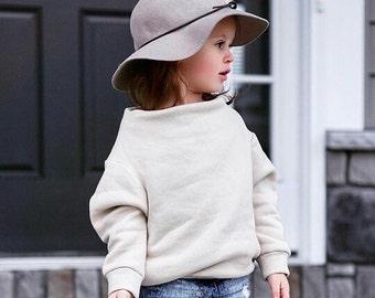 Girls brown sweater/ Girls brown sweatshirt/ Girls clothing/ Girls jumper/ Baby girl clothes/ Beige sweater sweatshirt