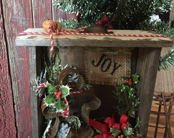 Primitive Christmas Gingerbread and  Joy Box