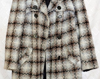Vintage Coat Black & White Checked Winter Coat with Pockets and Waistband Black Lining Collar
