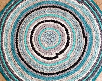 "Sold - 38"" Beautiful Round Handmade Toothbrush Rag Rug Nursery Rag Rug Recycled Amish knot Toothbrush"