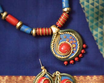 SILK STORIES - Polymer Clay Fashion Jewelry, EthnicLook necklace set, Jewel tones,