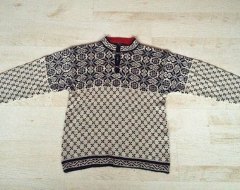 Scandinavian Sweater for Men Vintage cardigan Nordic pattern cardigan Black white red Knit Sweater Wool and acryl cardigan hipster jumper