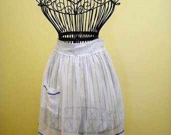 Vintage Organza Hostess Apron
