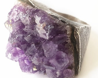 Exclusive ring. Silver Ring. Amethyst Ring. Single piece ring. Original ring. Raw Stone Ring. Raw Amethyst Ring. Silver Ring