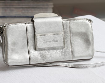 Calvin Klein small leather shoulder clutch, hand clutch - silver clutch 24 x 11 x 3 cm
