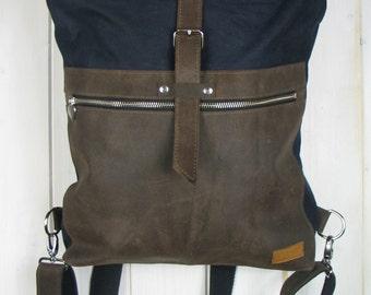 Rucksack mit Rolltop aus gewachstem Segeltuch und Rindsleder, waxed canvas and leather backpack roll top,