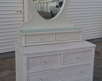 Lexington Wicker Henry Link Dresser and Mirror set