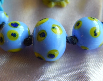 yellow and blue spots