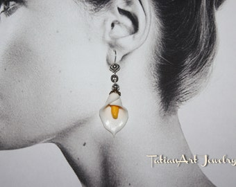 2pcs White and Black Calla Lily Earrings Polymer clay Handmade Jewelry Gift for women.