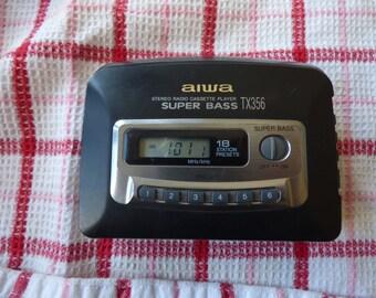 Excellent Collectible vintage AM/FM/Cassette Walkman Radio Player Aiwa TX356