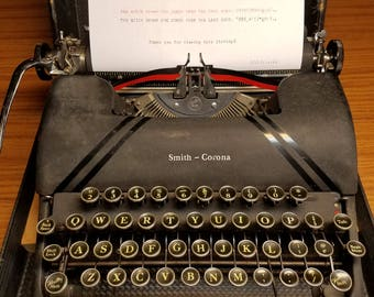 1946 Smith Corona Sterling typewriter with case - works great!