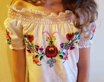 Hungarian  Kalocsa blouses handmade Wearable blouse, Peasant blouse,  peasant blouse, embroidered dress, hungarian embroidered