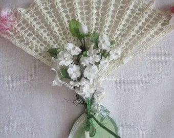 Vintage Hand Crocheted Fan-shape Home Wall Decoration