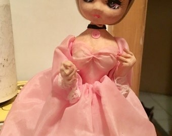 Lovely Big Eyed Mod Japan Music box Bradley Doll Vintage 1960's Love Story