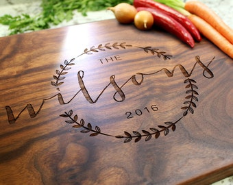 Personalized Cutting Board - Engraved Cutting Board, Custom Cutting Board, Wedding Gift, Housewarming Gift, Anniversary Gift W-022 GB