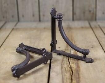 Pair Small Cast Iron Shelf Brackets