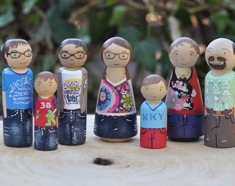 Peg dolls - your family in peg dolls-toys-personalized family - 5 large, 2 small family