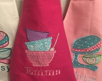 Personalized kids Aprons with Appliqué - Easter basket gift idea