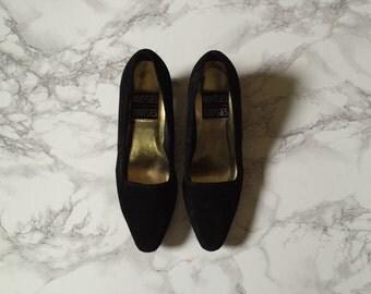 80s black suede heels | 6.5