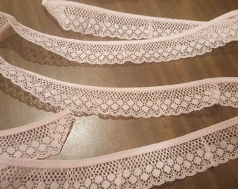 "Beautiful Vintage Pink Lace 16.6 yards by 3 cm (1 and 1/4"")"