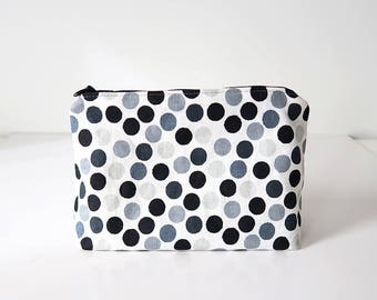 Makeup bag / zipper pouch | monochrome, polka dots