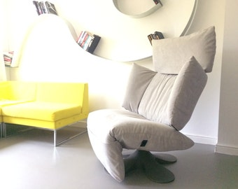 Very rare Grey Lounge Chaise Chair by Pascal Mourgue for Ligne Roset