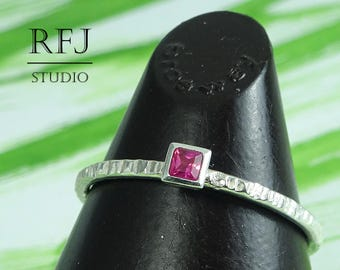 Square Synthetic Ruby Textured Silver Ring, July Birthstone Square Setting Princess Cut 2x2 mm Pink Corund Ring Ruby Promise Stacked Ring