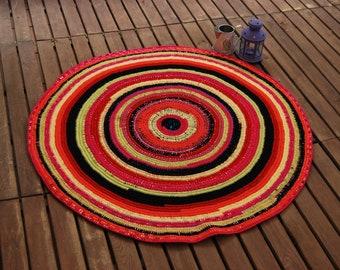 Multicolor round rug